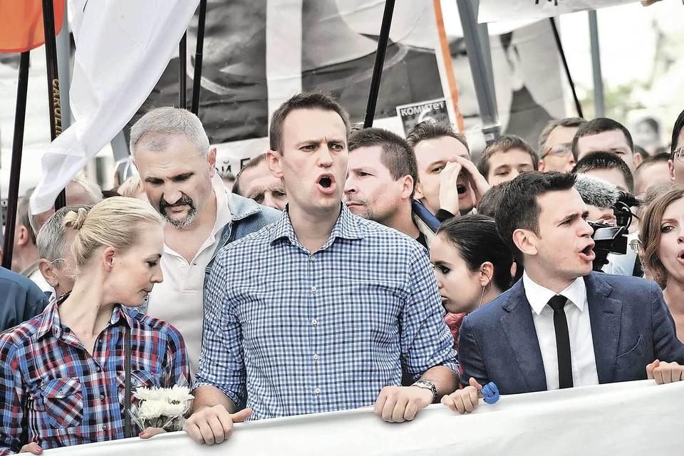 По словам личных врачей, до отравления Навальный был совершенно здоров и полон сил.