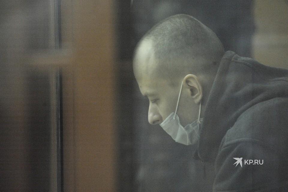 Александров признал вину в убийстве Ксении и Натальи. Ему грозит пожизненный срок