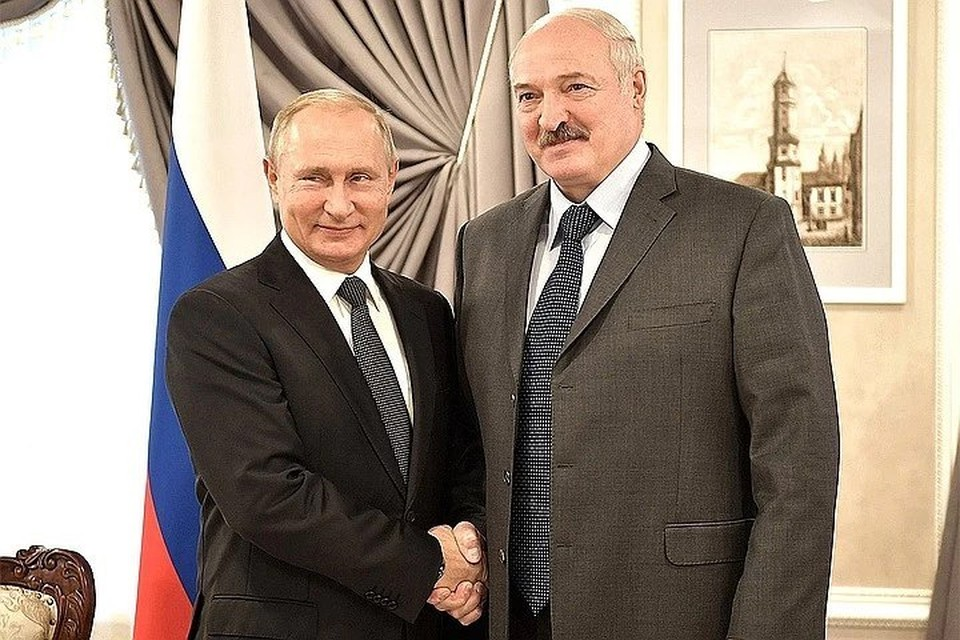 Это первый зарубежный визит Лукашенко после президентских выборов