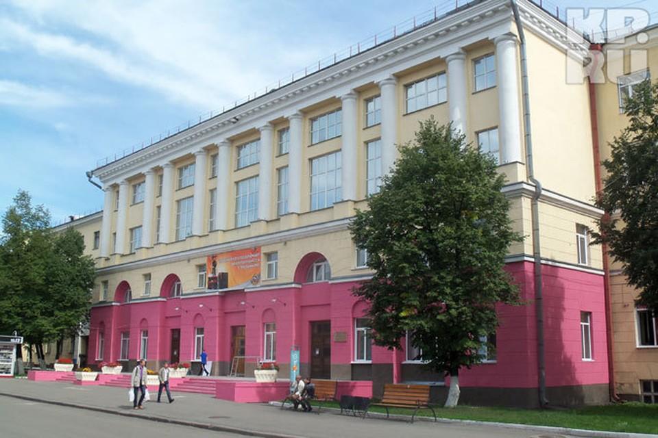 Кузбасский вуз не смог набрать абитуриентов на бюджетные места