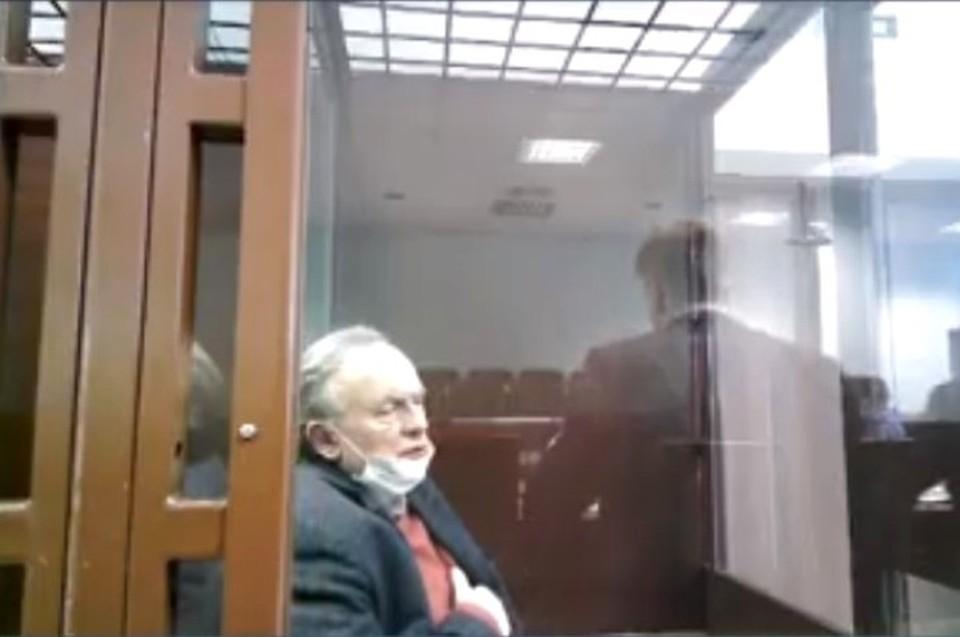 Соколов почувствовал себя плохо в суде Фото: трансляция Санкт-Петербургского суда