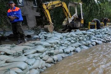 Паводок из-за сильных дождей угрожает нескольким районам Иркутской области