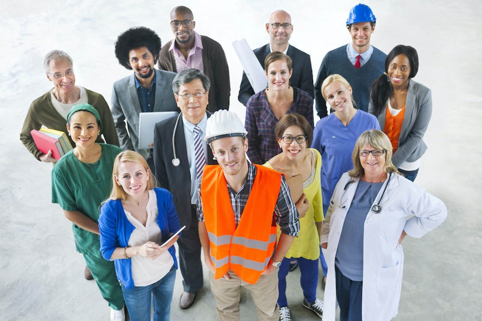 Задача проекта – собрать специальности, в которых максимально используются нецифруемые человеческие качества и навыки