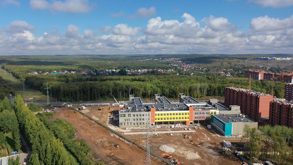 Строительство школы в «Новой Самаре» началось в прошлом году.