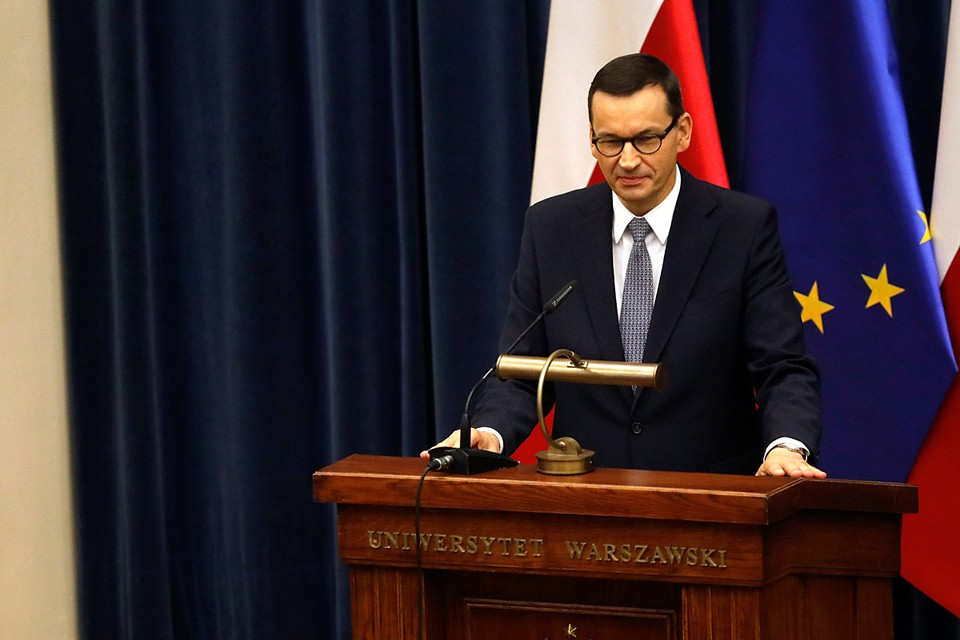 Матеуш Моравецкий, сильно обеспокоенный происходящим в Белоруссии, объявил, что на ближайшем заседании лидеров Евросоюза он намерен презентовать некий план поддержки Минска