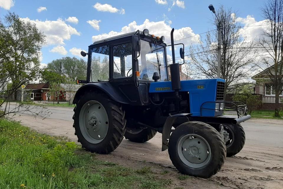 Тот самый трактор, из-за которого и случился весь сыр-бор. Фото: прислал Вячеслав Ковтун