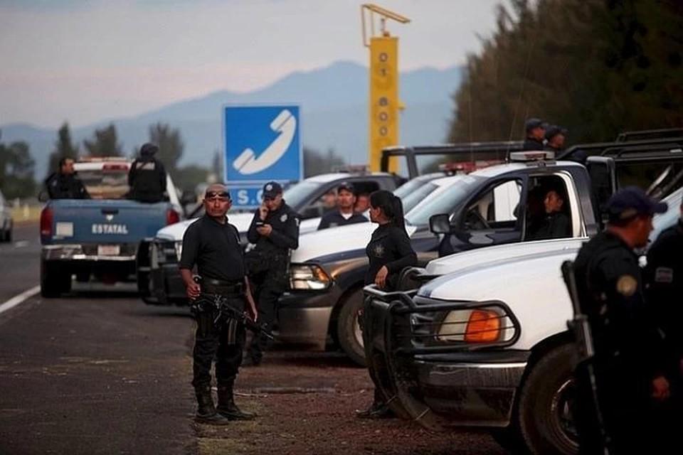 Шестилетний мальчик погиб в перестрелке полиции с преступником в Мексике
