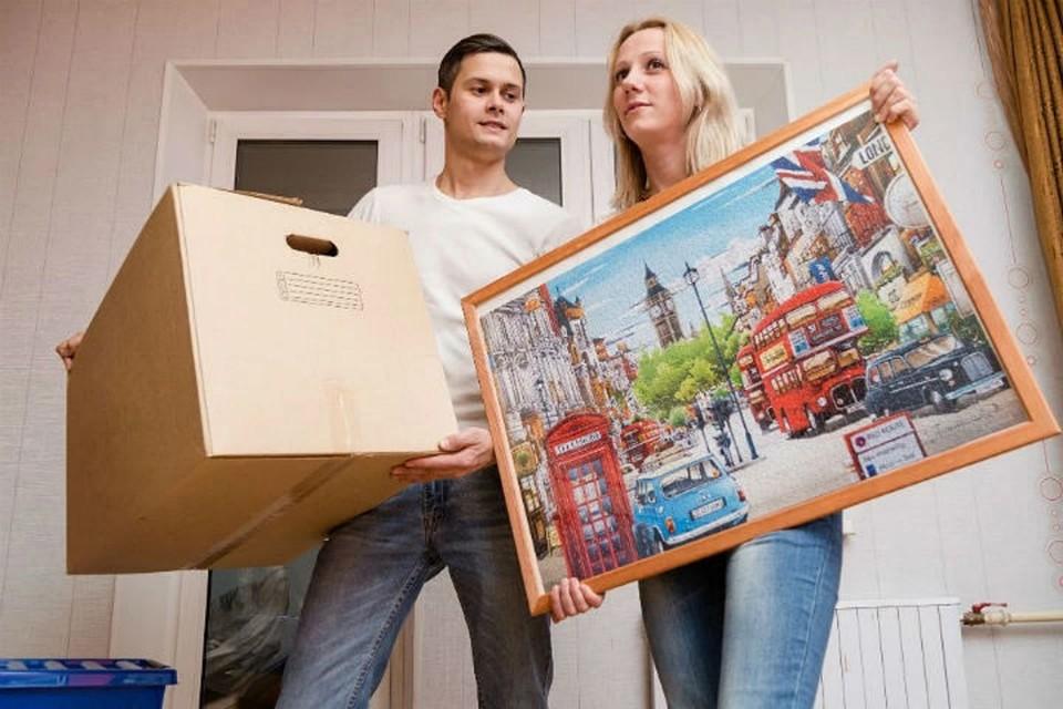 Купить жилье в пятиэтажке - дешевле, считают эксперты.