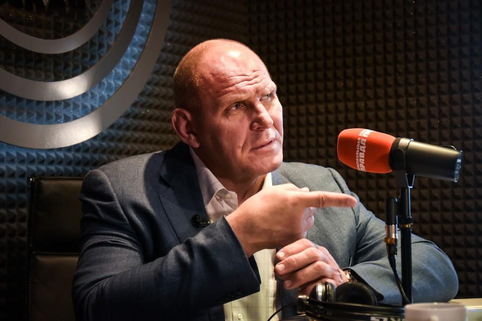 Депутат, спортсмен Александр Карелин