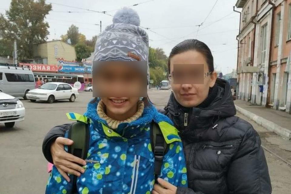 """""""Мама, я хочу к тебе!"""" 15-летнюю девочку. сбежавшую от отца-тирана, спасли в посольстве в Таиланде и отправили в Иркутск."""