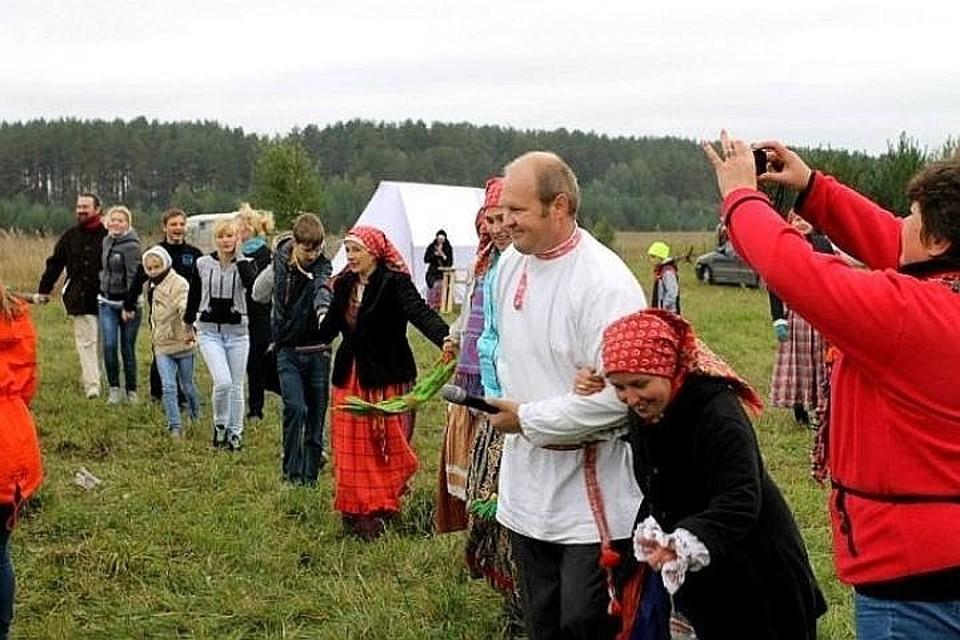 Фестиваль традиционно проводится под Тверью в середине сентября.