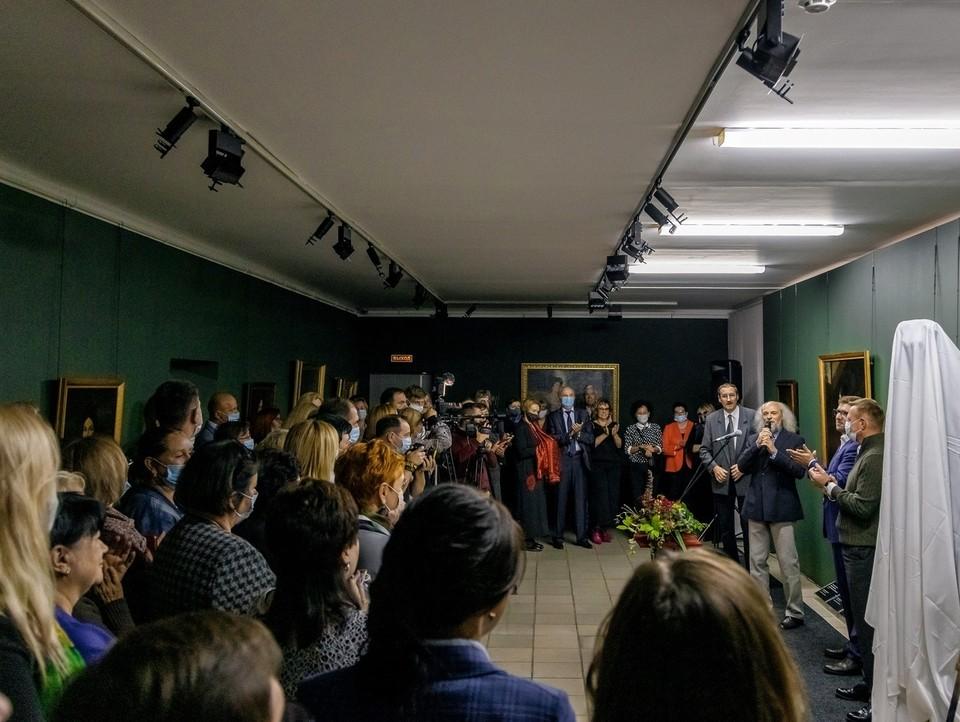 В галерее можно увидеть работы А.П. Антропова, А.Г. Венецианова, К.Е. Маковского, З.Е. Серебряковой и других известных художников