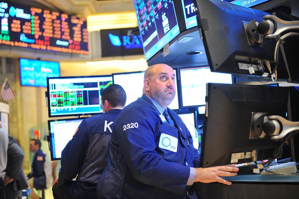 На крупнейших мировых биржах глобальная распродажа. Инвесторы опасаются, что вторая волна коронавируса может накрыть развитые страны уже на днях