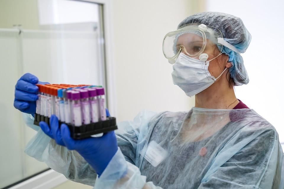 Большая часть новых заболевших - люди, которых изначально лечили от пневмонии и ОРВИ