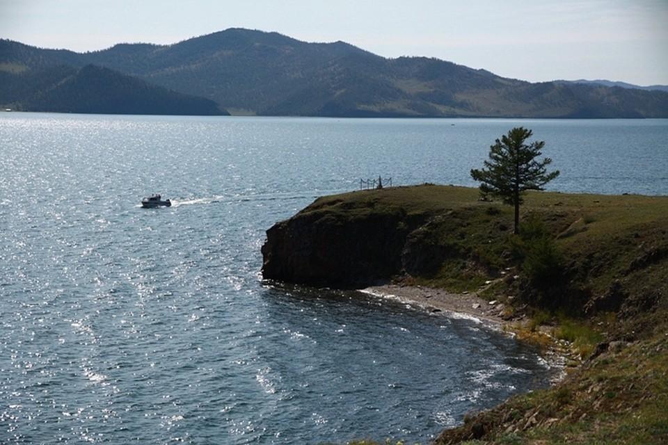 Байкал выходит из берегов из-за паводков в горах