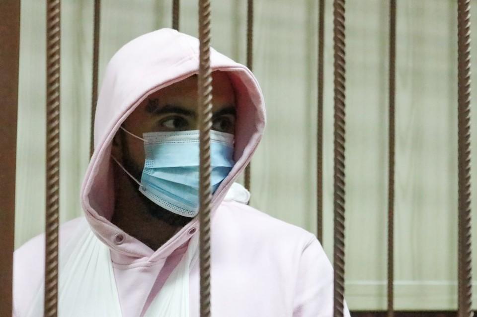 Рэпера Эльмина Гулиева арестовали на два месяца за аварию в центре Москвы