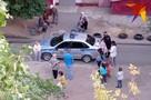 «Они кидаются, потому что вы злые»: в Волгограде на детской площадке псы чуть не растерзали 3-летнюю девочку
