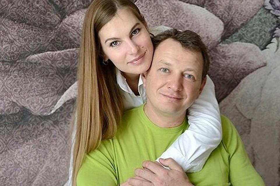 «Живем вместе, спим в одной постели»: Башаров рассказал о странных семейных отношениях после развода
