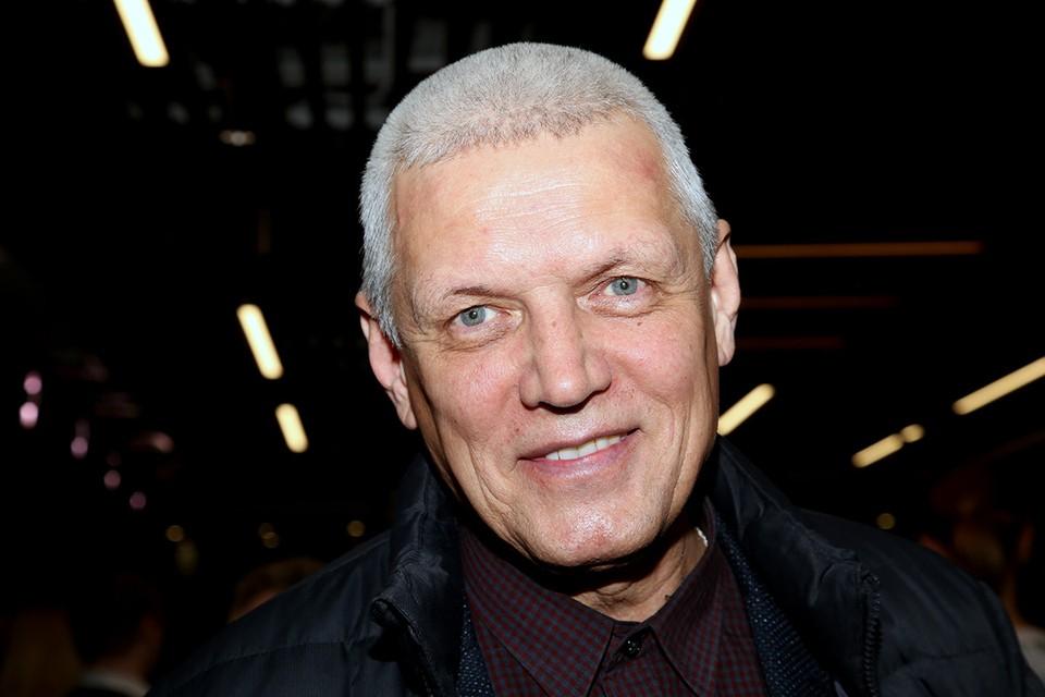 27 сентября исполнилось 65 лет популярному актеру и режиссеру