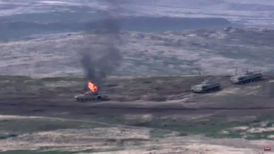 Вооруженные силы Армении сбили вертолет в ходе боев в Карабахе