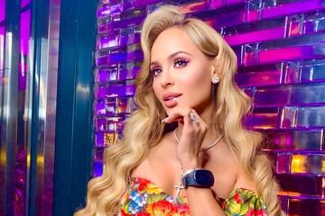 Щедрый бойфренд подарил Калашниковой бриллиантовые серьги за 15 миллионов рублей