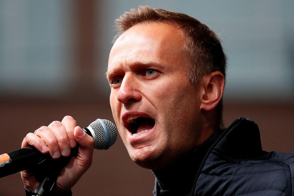 Все общение с миром блогер-оппозиционер Алексей Навальный раньше вёл через свои соцсети. И вот он дал первое большое интервью после своего «отравления» - немецким журналистам из издания Der Spiegel.