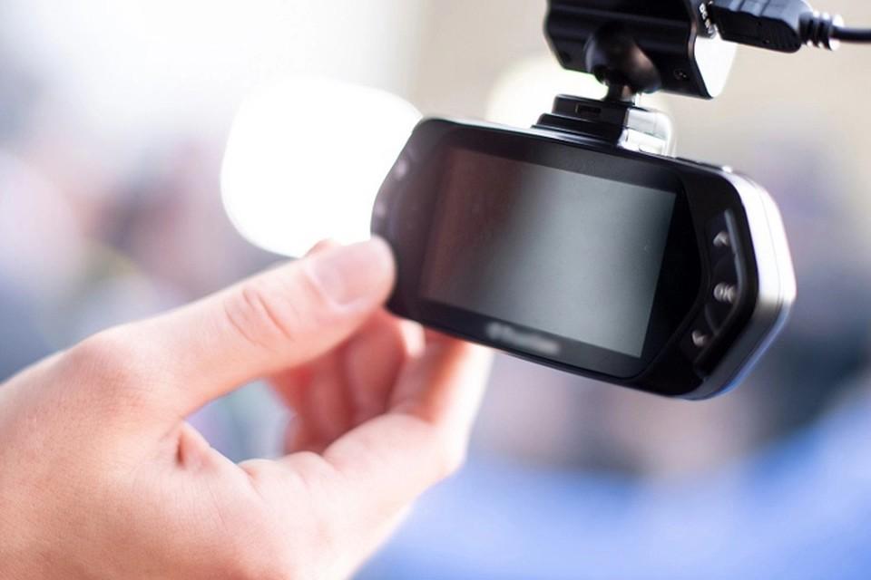 Лучшие недорогие видеорегистраторы 2020: рейтинг топ-10 по версии «КП»
