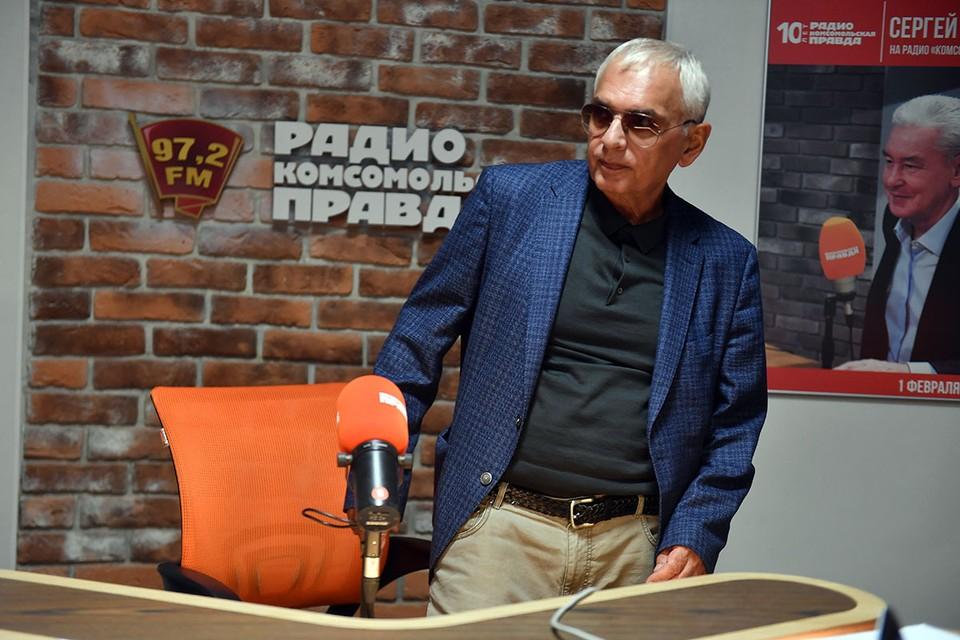 Знаменитый кинорежиссёр, у которого мама русская, а отец - карабахский армянин, - с обозревателем КP.RU Александром Гамовым