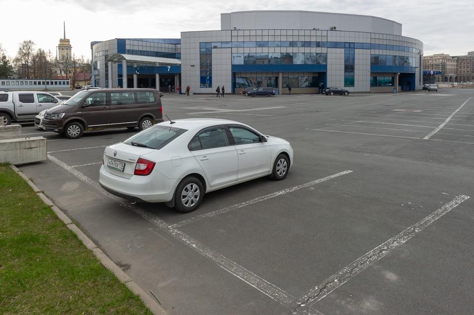 Временный госпиталь в Ленэкспо в случае необходимости готов принять до 2500 пациентов с коронавирусной инфекцией