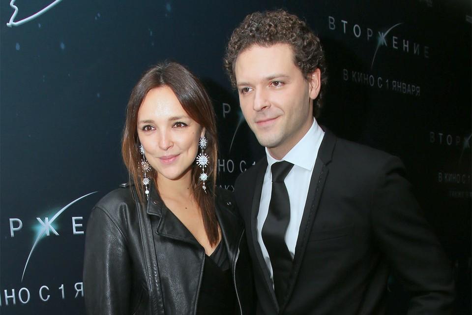 Актер Костя Крюков с супругой Алиной Алексеевой.