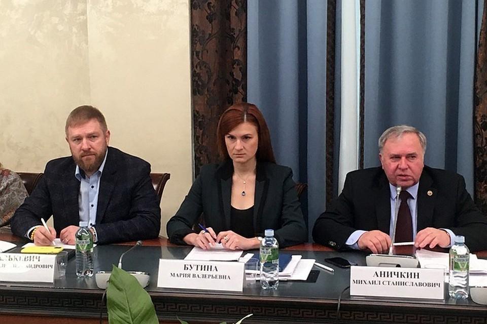 Сейчас Бутина на свободе, вернулась на родину, вошла в нынешний состав Общественной палаты РФ.