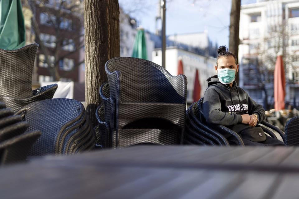 В Москве не планируют закрывать клубы и караоке