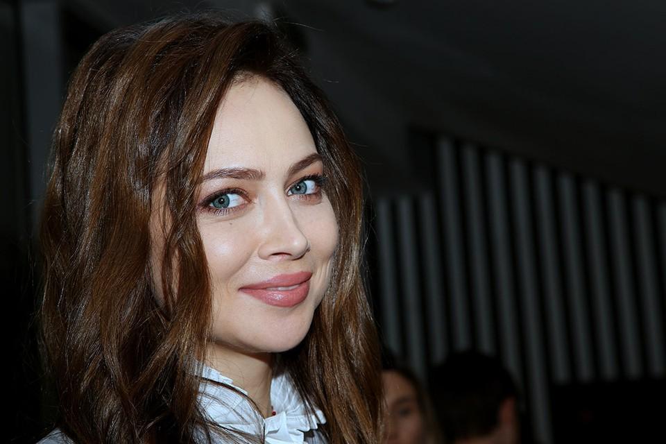 Актриса оказалась в центре очередного скандала «элита против челяди». На этот раз в категорию нищебродов попали пожарные и следователи