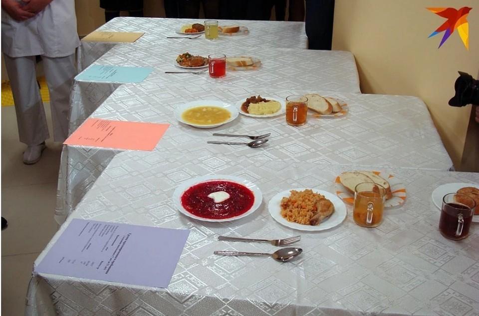На просроченное питание пожаловались родители школьников