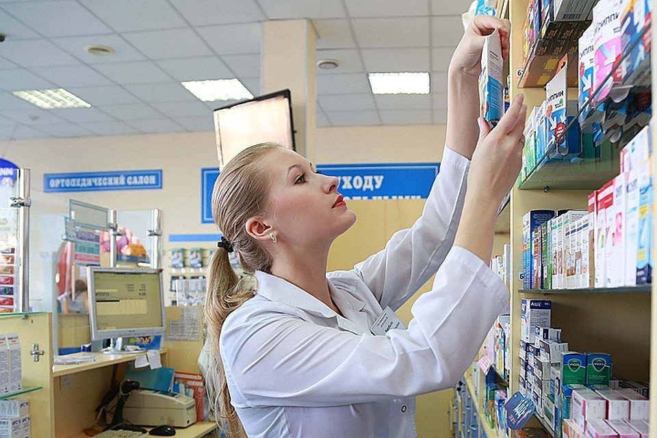 Минздрав установил предельные отпускные цены на лекарства от коронавируса