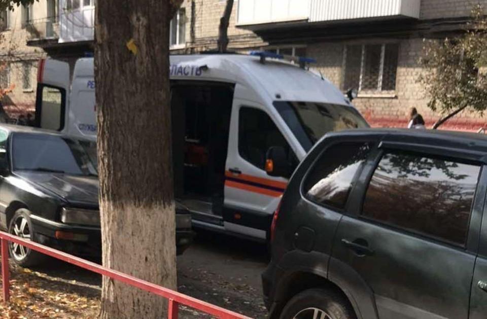 В Саратове мать выбросила детей из окна, желая им смерти. Фото местного жителя