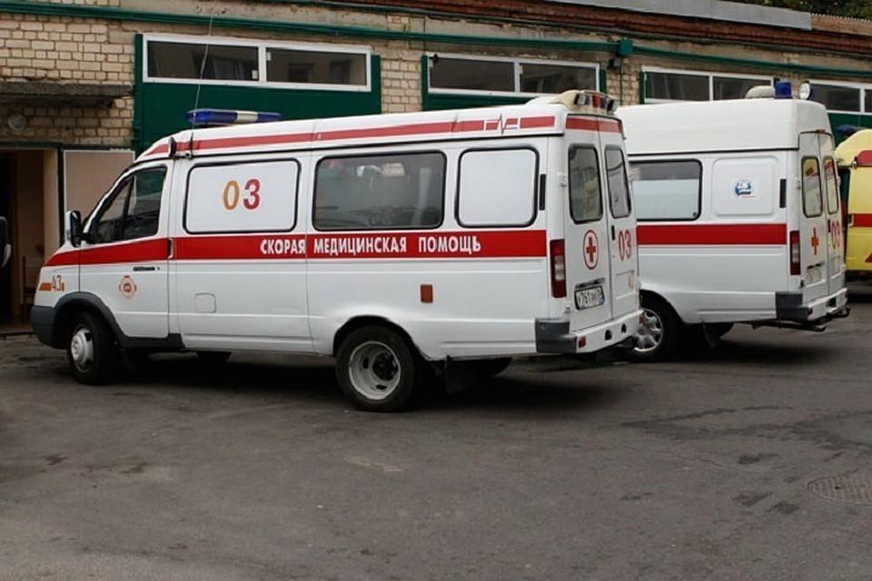 Стало известно состояние детей, упавших с эскалатора в торговом центре вместе с коляской