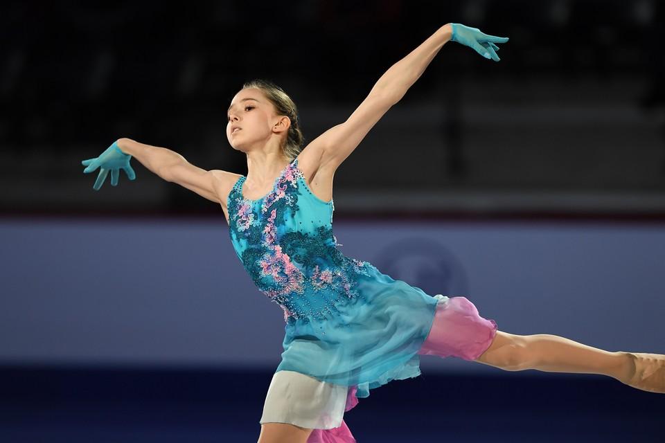 Камила Валиева проиграла Трусовой, но теперь освоила прыжок, который был подвластен ей.