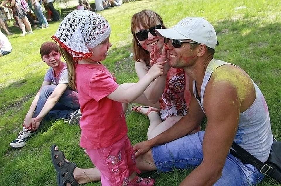 Пособия предназначены семьям с детьми в возрасте от трех до восьми лет.