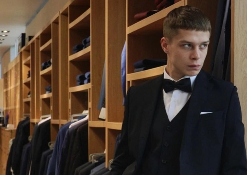 Глеб Калюжный дрался с мажорами, учился в школе для «трудных» и не смог сдать ЕГЭ