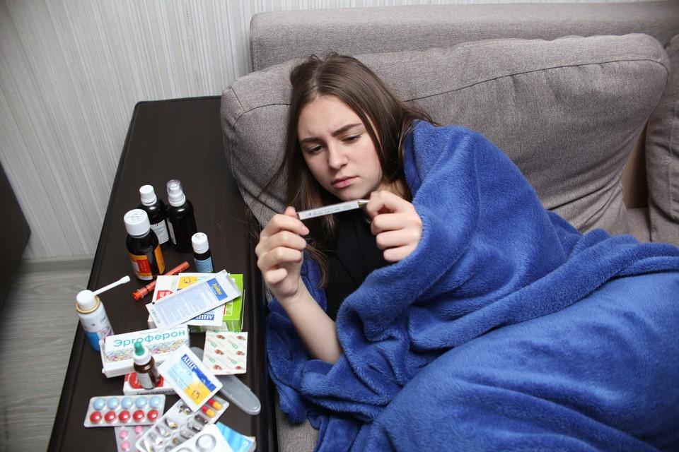 В омских аптеках непросто купить антибиотики и противовирусные, но власти обещают решить эту проблему в ближайшие дни.