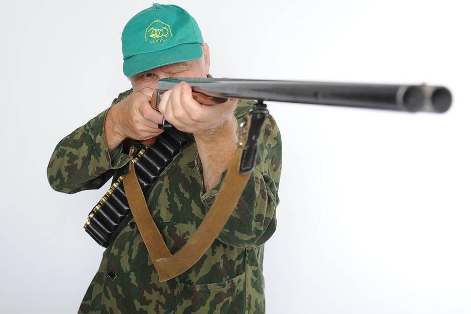 Каждый охотник желает сдать: В России могут ввести экзамен перед выдачей охотничьих билетов