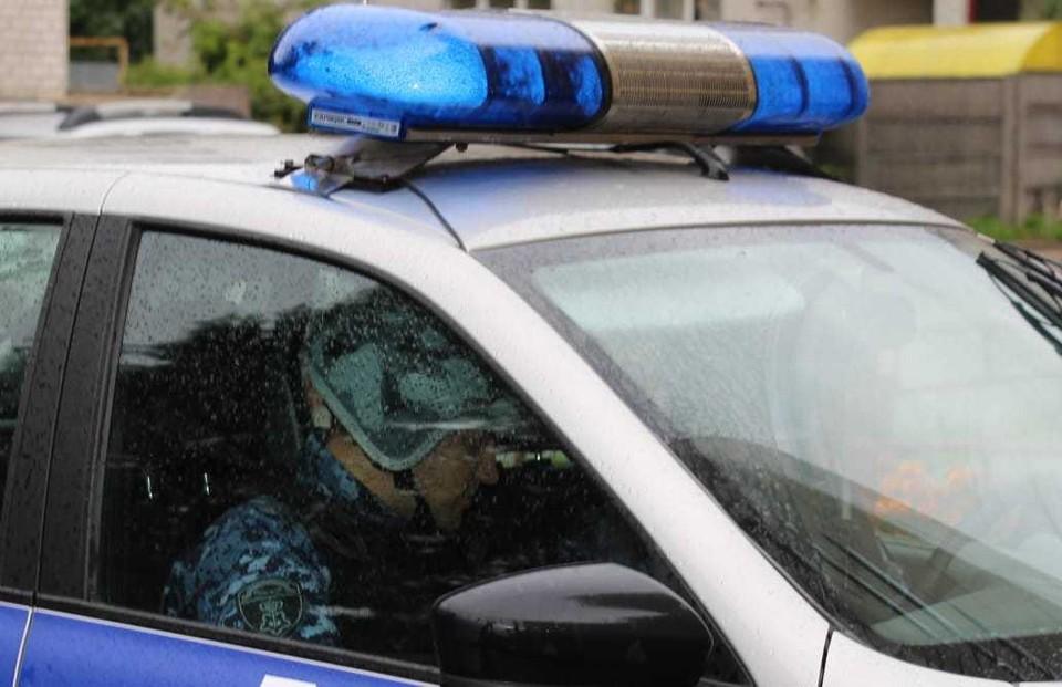 """Дебошира доставили в отдел полиции для разбирательства Фото: vk.com""""Росгвардия_Тверь"""""""