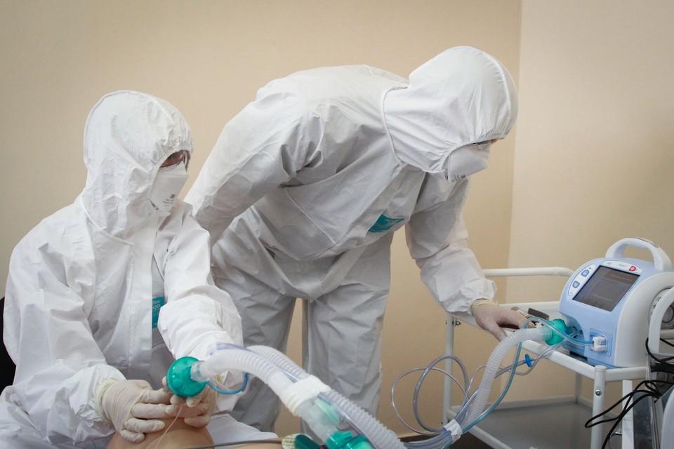 В столице обсудили ситуацию в ростовском ковидном госпитале.