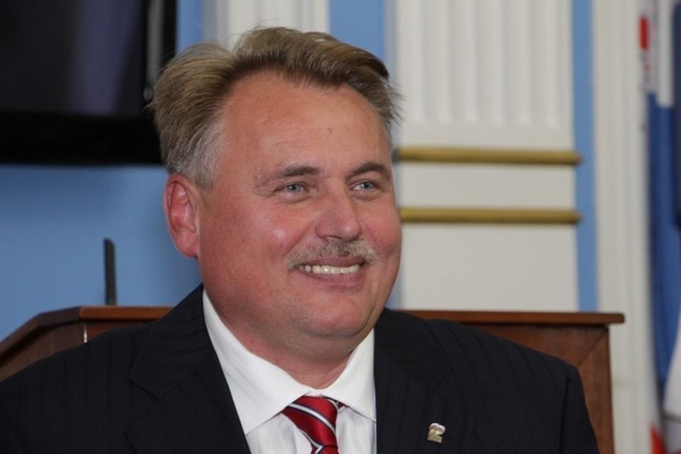 Юрия Уткина лишили полномочий