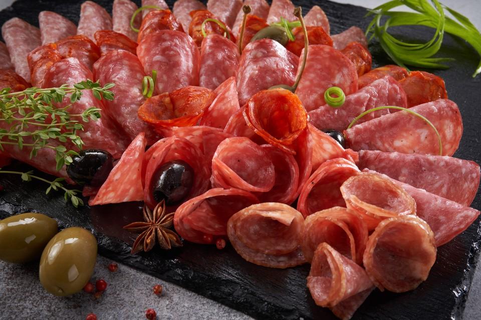 Колбасные мифы: угадай, настоящий это факт или заблуждение о мясе и мясной продукции