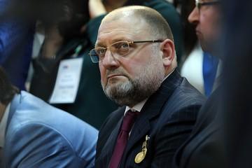 Заместитель Кадырова Джамбулат Умаров: Макрон бросает свою страну в пучину гражданской войны