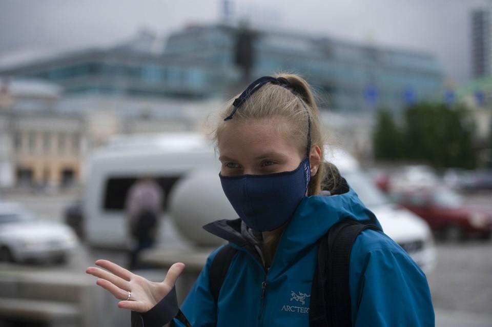 В Свердловской области продолжает действовать масочный режим