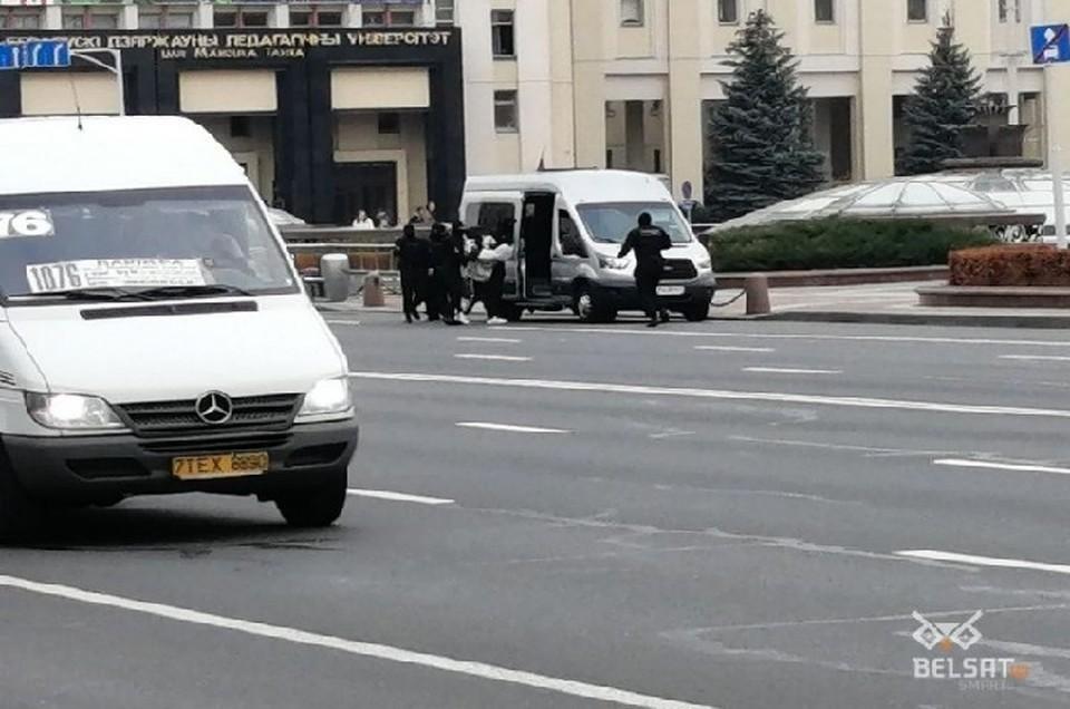 """В Минске на этой неделе прошли задержания студентов. Фото: кадр """"Белсата""""."""