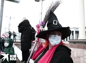 В Минске прошли два протестных марша - людей с (не)ограниченными возможностями и женский